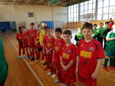 Foto zur Meldung: E-Junioren spielen beachtenswerte Hallenturniere