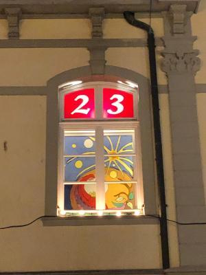 Vorschaubild zur Meldung: Adventsfenster