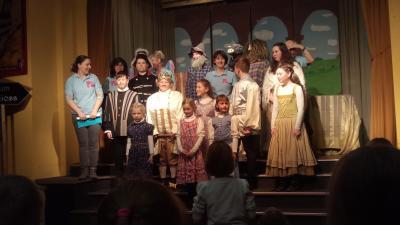 Foto zur Meldung: Theatervorführung Fremdiswalde