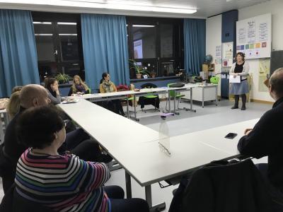 Umweltpädagogin Diana Fenzl referiert beim Jugendbeauftragtentreffen