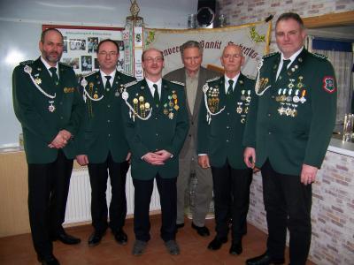 Der Vorstand des Schützenvereins (Kassenwart fehlt)