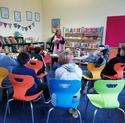 Vorschaubild zur Meldung: Das bellende Klassenzimmer