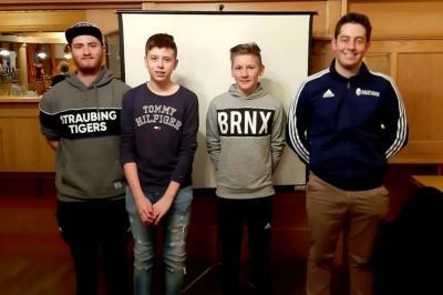Bild der Meldung: SV Oberpolling stellt 3 neue Schiedsrichter im Neulingskurs der SRG Bayerwald