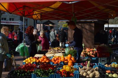 Foto zur Meldung: Nauener Frischemarkt lockt weiterhin mit einem ausgewogenen Angebot an regionalen Produkten
