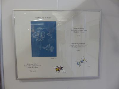 """Foto zur Meldung: Ausstellung """"Was ist Frieden?"""" Texte und Bilder von unseren Schülern"""