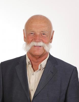 Ehrenvorsitzender Peter Ramünke