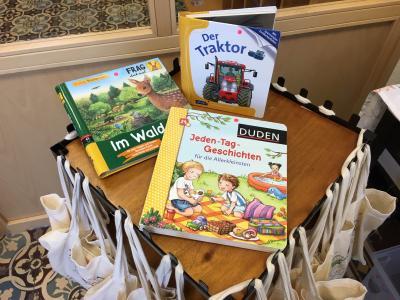 Vorschaubild zur Meldung: Büchertaschen