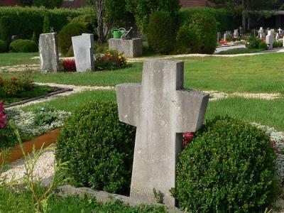 Vorschaubild zur Meldung: Gießservice im Friedhof Bühlertann