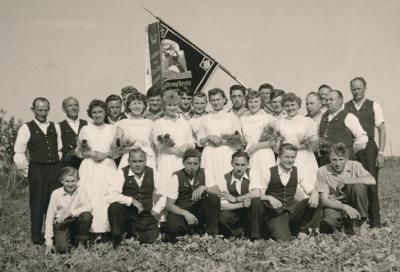 Foto zur Meldung: 75 Jahre Wiederaufnahme des Chorbetriebes im MGV Frohsinn Helmstadt
