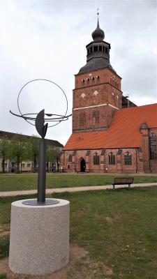 """Vorschaubild zur Meldung: """"Kosmos"""" lockt jetzt auf den  Platz zwischen Kirche und Kino"""
