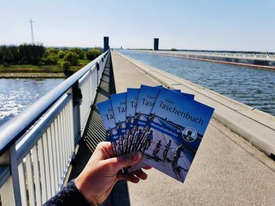 Das Wasserstraßenkreuz für die Hosentasche  Kreisverwaltung veröffentlicht neue touristische Broschüre