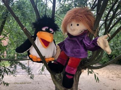 Foto zur Meldung: Matti und Claudi begrüßen alle Kinder!