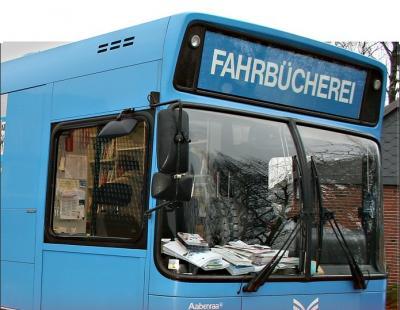 Foto zur Meldung: Fahrbücherei: Der Bus ist jetzt fit für Corona