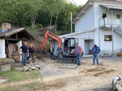 Vorschaubild zur Meldung: Spatenstich für Anbau an das Feuerwehrhaus in Tresdorf
