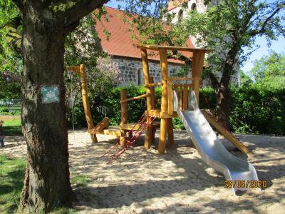 """Vorschaubild zur Meldung: Neue Spielanlage für die Kita """"Sonnenschein"""" in Holzhausen"""
