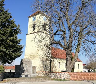 Foto zur Meldung: Dorfkirche Cammer ausgezeichnet