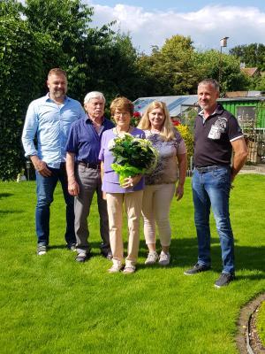 Vorschaubild zur Meldung: TV-Wallersdorf gratuliert Sieglinde Maryniak zum 80.Geburtstag