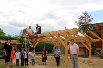 Foto zur Meldung: Richtfest im Kindergarten St. Johannes