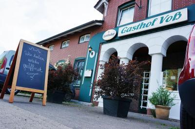 Foto zur Meldung: Endlich: Der Gasthof Voß in Schmalensee ist wieder geöffnet