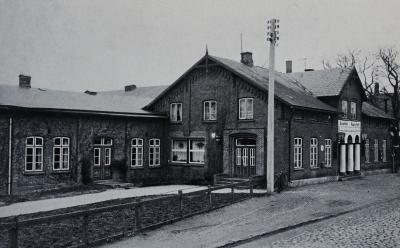 Foto zur Meldung: Vor 25 Jahren: Bahnbrechende Entscheidungen – Gemeindesaal und Wappen für Schmalensee