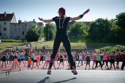 Bild der Meldung: neue Kurse - Yoga und Blackroll und Zumba