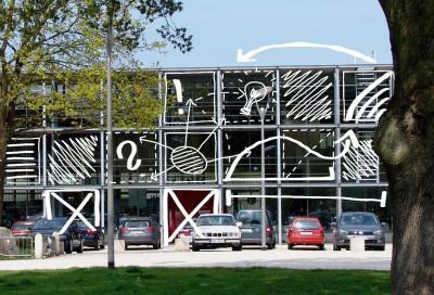 Foto zur Meldung: Kulturgenuss mit Abstand beim Kunstflecken in Neumünster