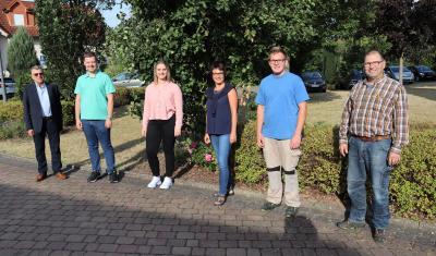Vorschaubild zur Meldung: Zwei neue Auszubildende starten ins Berufsleben bei der Gemeinde Flieden & neuer Mitarbeiter im Bauhof