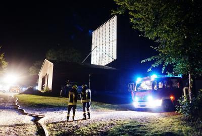Foto zur Meldung: Nächtlicher Einsatz der Feuerwehr auf Gut Perdoel
