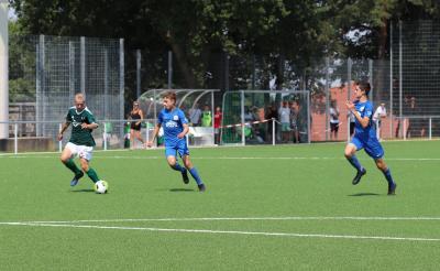 Nach der guten Leistung gegen den FC Hansa Rostock fiebert die C-Jugend des Demminer SV ( grün ) dem nächsten Testspiel entgegen