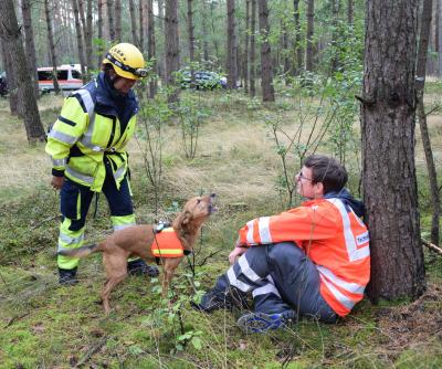 Prüfungen der Rettungshundestaffel der FF Wittenberge