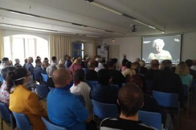 Foto zur Meldung: Die vertriebenen Böhmewäldler Kinder im Film und Gespräch