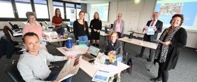 """Vorschaubild zur Meldung: Lehrer bereiten sich auf """"Zeitung in der Schule"""" vor"""