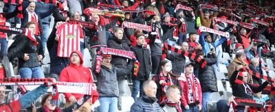 Erstmals seit dem 7. März dieses Jahres durften Fans in Freiburg wieder ins Stadion - Foto: Joachim Hahne / johapress