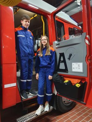 """Vorschaubild zur Meldung: """"Gesichter unserer Feuerwehr"""" - Tim Schleicher und Gina Ullrich sind in der Fliedener Jugendfeuerwehr"""