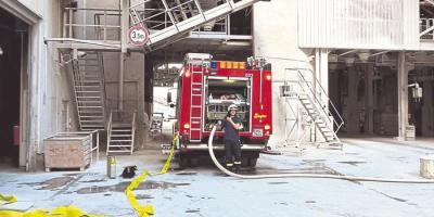 Proben für den Ernstfall: An der Alarmübung bei Schaefer Kalk waren die Feuerwehren aus Hahnstätten, Lohrheim und Oberneisen sowie die DRK-Ortsvereine Katzenelnbogen und Hahnstätten beteiligt. Foto: Feuerwehr VG Aar-Einrich