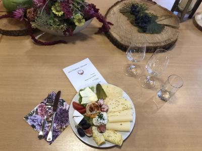 Foto zur Meldung: Weinprobe im Haus Frohsinn 2020