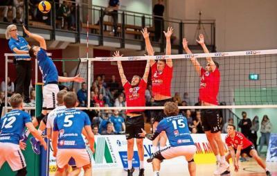 Bild der Meldung: Volleyball-Derby wird zum Krimi – und Rascher sieht Rot