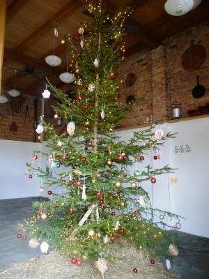 Foto zur Meldung: Weihnachtsschmuck für unseren Baum!