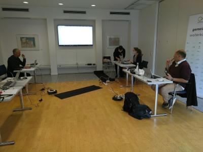 """Die """"Moderationszentrale"""" beim Workshop in der Evangelischen Akademie"""