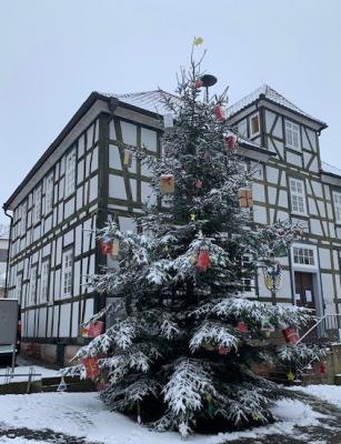 Foto zur Meldung: Weihnachtliche Stimmung in Gemünden (Wohra)