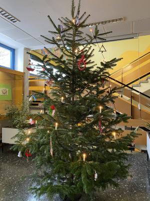 Foto zur Meldung: Christmas Tree Decoration Exchange