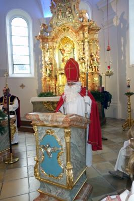 Foto zur Meldung: Nikolaus-Besuch zum 2. Adventssonntag 06. Dezember 2020 sowie beim Vorabendgottesdienst in Krailing am 05.12.2020