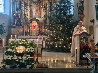 Foto zur Meldung: Jeweils eine Kinderchristmette in Moosbach und Prackenbach am 24.12.2020 - Corona bedingter Besuch der vier Metten