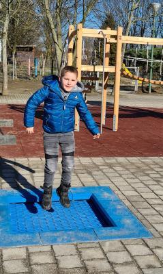 Foto zur Meldung: Schulhofgestaltung - jetzt ohne Bauzaun