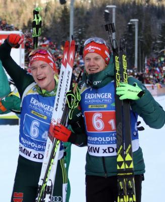 Benedikt Doll (links) und Roman Rees wollen auch auf der Pokljuka über eine Staffelmedaille jubeln - Foto - Joachim Hahne / johapress