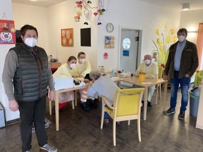Foto zu Meldung: Pflegeinsel Kuhn geht auf eigene Initiative in die Impfoffensive
