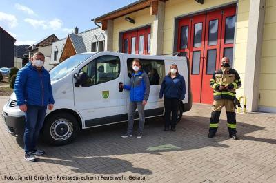 Foto zur Meldung: Neuer Lebensabschnitt für treues Feuerwehr-Fahrzeug