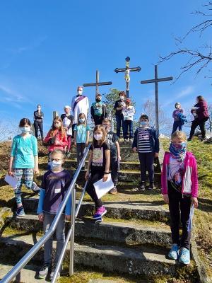 Kinderkreuzweg zum Kalvarienberg in Moosbach