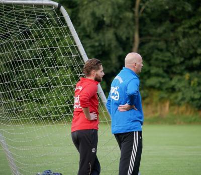 Beenden ihre Trainertätigkeit bei der Zweiten nach dieser Saison: Trainer Andreas Bunge (rechts) und Co-Trainer Nico Cerny (links).