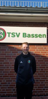 Neuzugang Simon Pals. Der 27-jährige wechselt vom TSV Kronshagen zum TSV Bassen und wird in der neuen Saison die 1.Herren verstärken..
